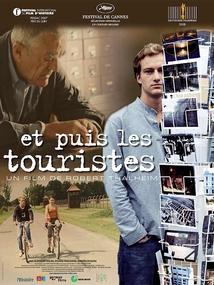 ET PUIS LES TOURISTES (AUSCHWITZ, ENTRE MÉMOIRE ET OUBLI)