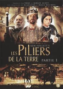 LES PILIERS DE LA TERRE - 1