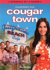 COUGAR TOWN - 4