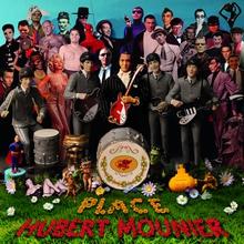 PLACE HUBERT MOUNIER (HOMMAGE À HUBERT MOUNIER)