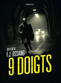 9 DOIGTS