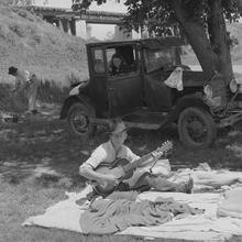 Camp de travailleurs migrants, près de Prague, Oklahoma (1939), une photo de Russell Lee