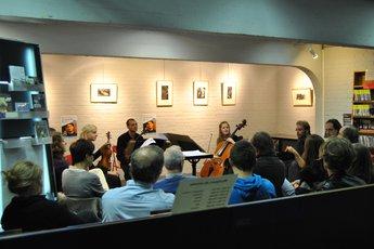 28.04.11 Trio à cordes & morphologie - Pointculture LLN.JPG