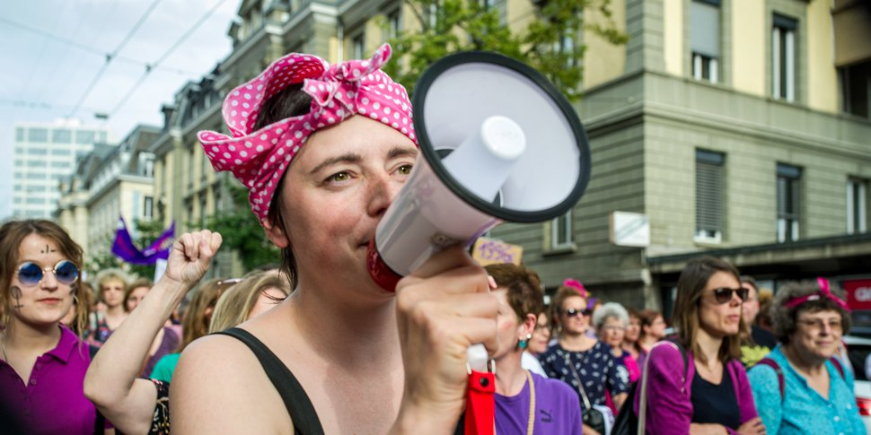 Grève des femmes à Genève - photo  Gustave Deghilage - licence Creative Commons