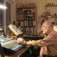 Bernard Parmegiani en studio