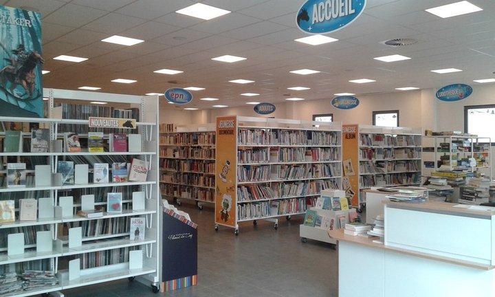 Bibliothèque de Neufchâteau.jpg