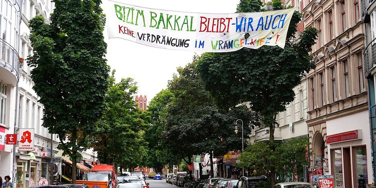 Bizzim Bakkal - Kreuzberg, Berlin - banderole
