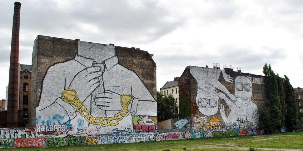 fresque de BLU à Kreuzberg, Berlin