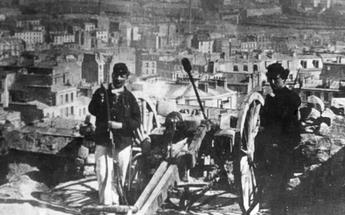 Canons rassemblés à Montmartre.png