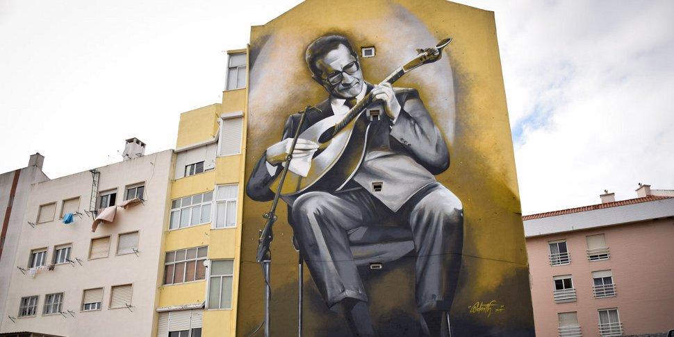 Carlos Paredes par le street artiste Odeith, Lisbonne 2015