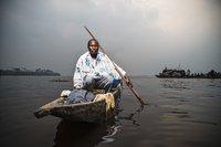 Pêcheur du Congo, une photo d'Ollivier Girard/CIFOR (flickr)