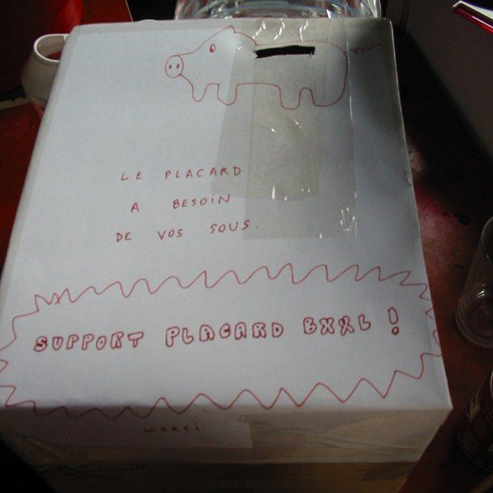 Recyclart - Zerfall - placard 2003 bis - photo Fabonthemoon