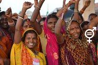 Femmes_adivasies,_Gwalior,_India 02.jpg
