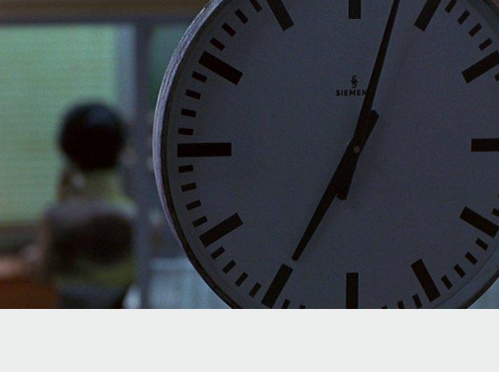 In the Mood for Love - (c) Wong Kar-wai - horloge 2