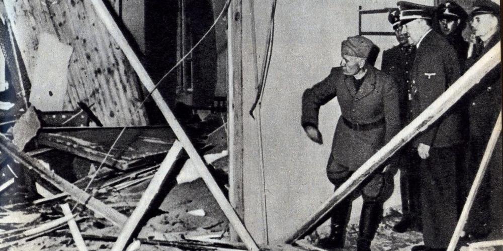 Mussolini-Hitler-attentat-juillet-44-wikimedia
