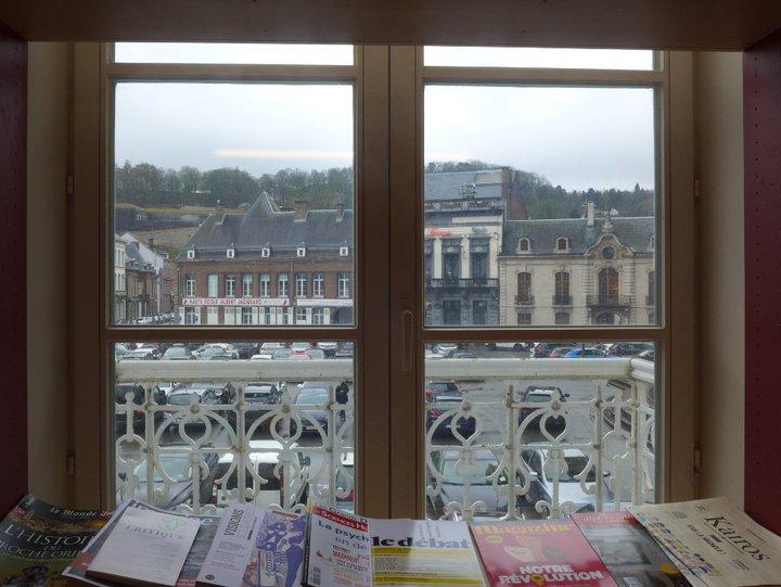 Namur - librairie Point Virgule 513
