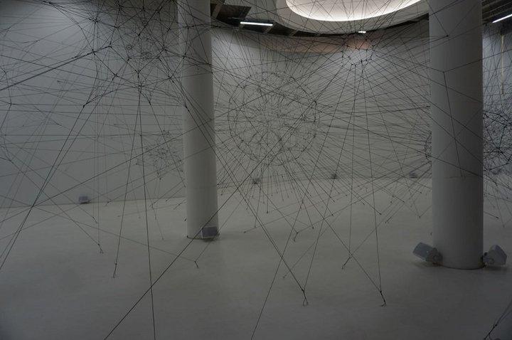 """""""On Air"""", ALGO-R(H)I(Y)THMS 2 - (c) Tomás Saraceno - Palais de Tokyo"""