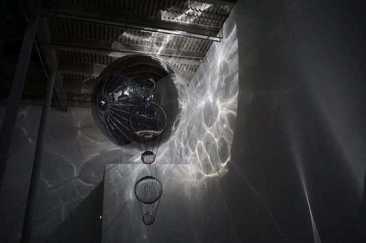 """On Air"", THERMODYNAMIC IMAGINARY 2 - (c) Tomás Saraceno - Palais de Tokyo"