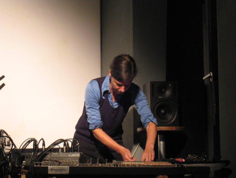 Andrea Neumann chez Q-O2 par Fabonthemoon