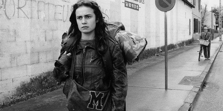 Quand les femmes marchent au cinéma Muriel Andrin Sans toit ni loi.jpg