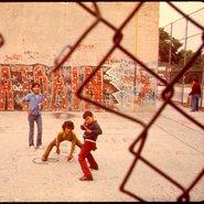 Early days of hip-hop Du son sur tes tartines Danny Lyon Public domain