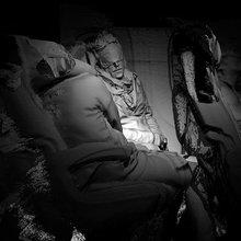 Under Automata, Eva L'Hoest