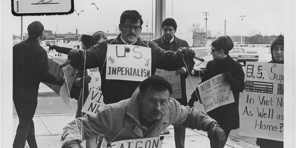 Vietnam_War_protesters._1967._Wichita.jpg