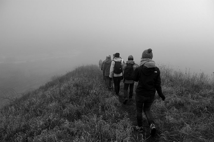 Balade sur les terrils dans le brouillard - photo (c) Francis Pourcel