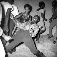danseurs - Kinshasa 1951-1975 - (c) Jean Depara