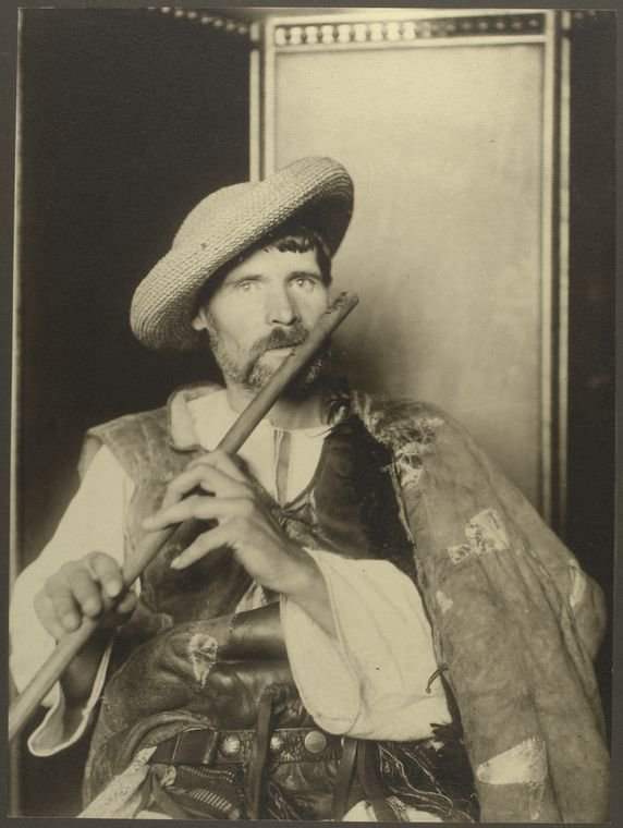 Joueur de cornemuse roumain à Ellis Island