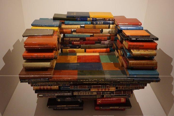"""exposition Memento BAM, Mons - Richard Hutten, """"Book Chair"""""""
