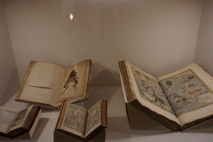 exposition Memento, BAM Mons - manuscrits