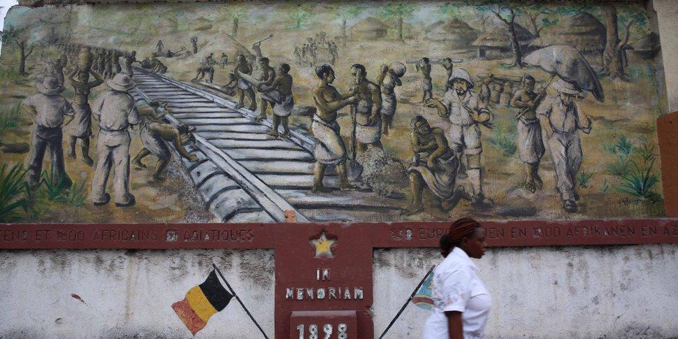 fresque à la gare de Kinshasa